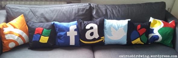 Sofa mit allen Kissen