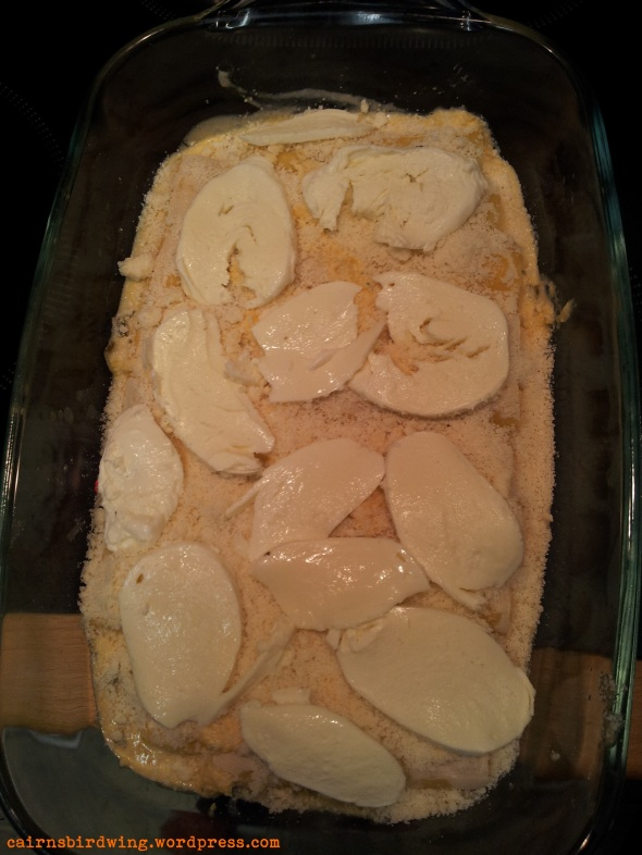 Jetzt sind die Cannelloni bereit für die Bräunungskur im Ofen.
