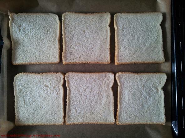 Toast auf Backblech. Ein Kunstwerk.